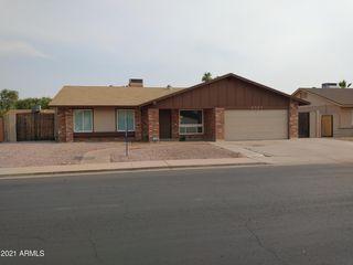2923 E Emelita Ave, Mesa, AZ 85204