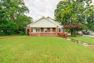402 S Bowie Dr, Weatherford, TX 76086