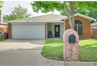 5724 Northfield Dr, Fort Worth, TX 76179