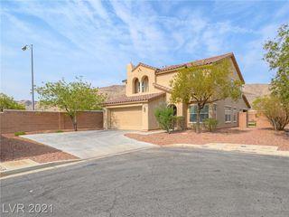 6097 Honeysuckle Ridge St, Las Vegas, NV 89148