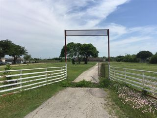 1934 Watauga Rd, Fort Worth, TX 76131