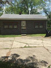 2351 Berg Rd, West Seneca, NY 14218
