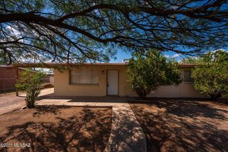 2135 N 2nd Ave, Tucson, AZ 85705