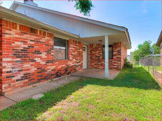 502 Peppertree Ln, Oklahoma City, OK 73110