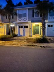 7 Talon Ct, Santa Rosa Beach, FL 32459