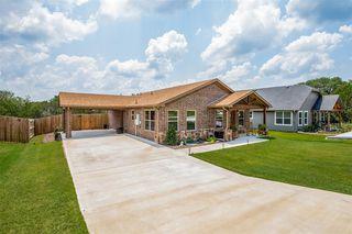 2721 San Gabriel Dr, Granbury, TX 76048