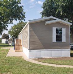 4960 S Seneca St #14, Wichita, KS 67217