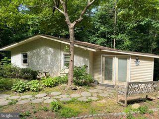 42 Hickory Nut Rd, Louisa, VA 23093