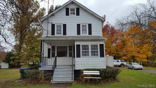 13 Livingston St, Middletown, NY 10940