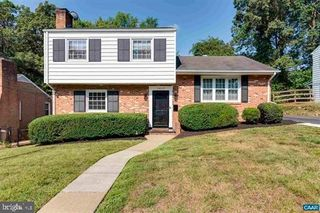 1419 Forest Ridge Rd, Charlottesville, VA 22903