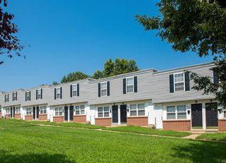 3953 McDowell Ln, Halethorpe, MD 21227