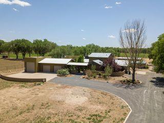 340 Shirk Ln SW, Albuquerque, NM 87105