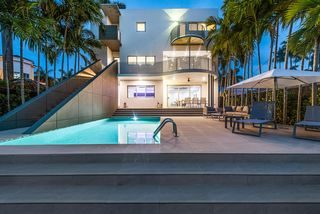 1785 Fairhaven Pl, Miami, FL 33133