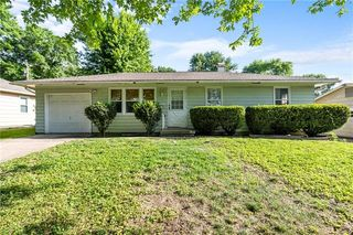 13616 E 41st St S, Independence, MO 64055