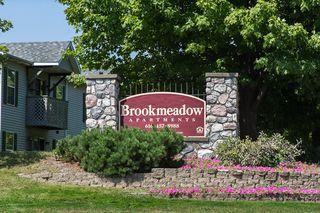 143 Brookmeadow Dr N, Grandville, MI 49418