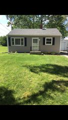 525 W Staat St, Fortville, IN 46040
