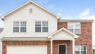 5747 Twin Rivers Ln, Indianapolis, IN 46239