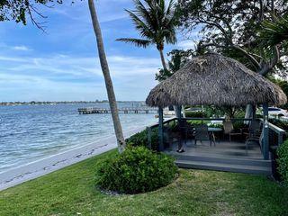5600 N Flagler Dr #203, West Palm Beach, FL 33407