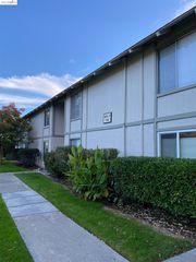 825 Oak Grove Rd #79, Concord, CA 94518