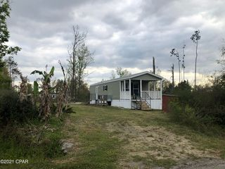 137 Waterview Ave, Wewahitchka, FL 32465