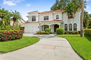 4306 W Beach Park Dr, Tampa, FL 33609