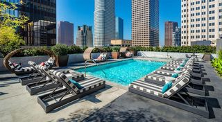 727 W 7th St, Los Angeles, CA 90017