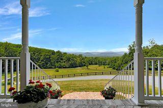 353 Parkside View Dr, Bentonville, VA 22610