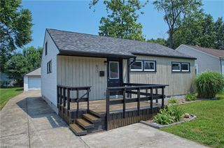 677 Quentin Rd, Eastlake, OH 44095