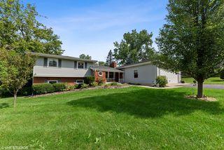 234 Bradwell Rd, Barrington, IL 60010