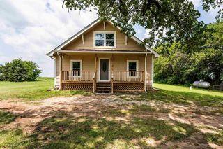 13110 E Maple Grove Rd, Mount Hope, KS 67108