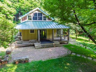 20790 Berry Rd, Mount Vernon, OH 43050