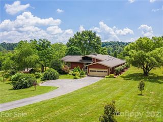 67 Panorama Dr, Asheville, NC 28806