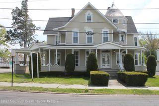 64 E Main St, Freehold, NJ 07728