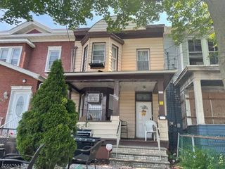 885 Madison Ave, Paterson, NJ 07501