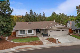 1743 Oro Valley Cir, Walnut Creek, CA 94596