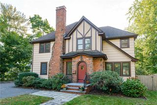 1993 Albany Ave, West Hartford, CT 06117