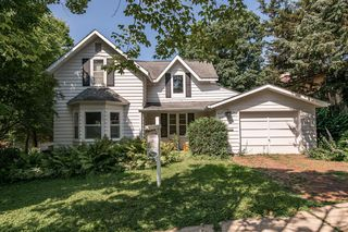 517 6th Ave SW, Rochester, MN 55902