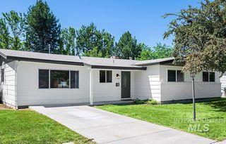 7521 W Maxwell Dr, Boise, ID 83704