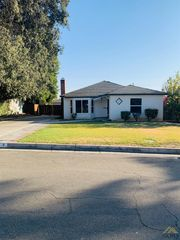9 Montrose St, Bakersfield, CA 93305