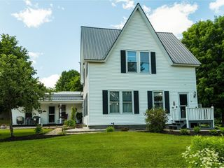 166 Mill St, East Barre, VT 05649