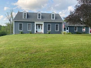 1082 County Route 403, Greenville, NY 12083