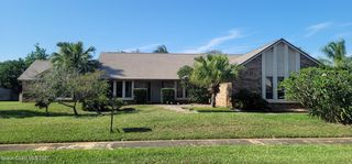 496 S River Oaks Dr, Indialantic, FL 32903