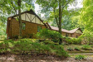 215 Greenleaf Dr, Flat Rock, NC 28731