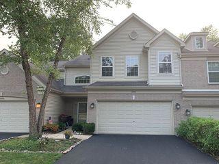 2806 Cobblestone Dr, Prairie Grove, IL 60012