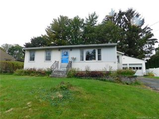44 Evelyn St, Watertown, CT 06779