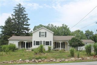 29875 White Rd, Willoughby Hills, OH 44092