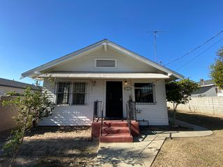 943 Bay View Ave, Wilmington, CA 90744