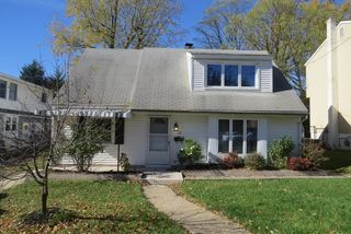 12 Wesley Ave, Cherry Hill, NJ 08002