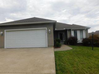 929 SW Woodbridge Ct, Topeka, KS 66606