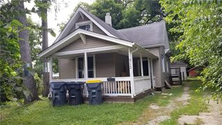 913 Chestnut St, Anderson, IN 46012